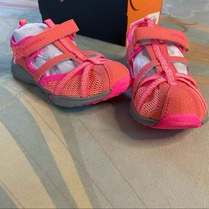 Merrell Hydro Monarch Coral Pink Water Shoes 10 W